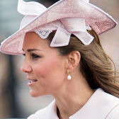 Pearls Are Back In the Fashion Circle, Wooing Young and Old Alike