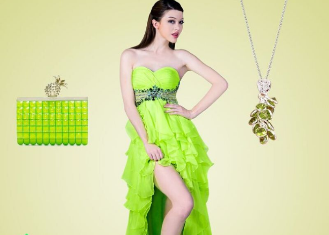 The Best Green Looks to Give Yourself a Younger Touch - Peridot Looks