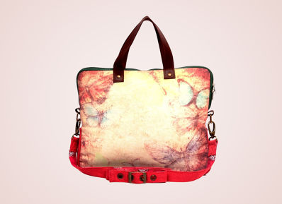 Blissfully off to either College or Work with the trendy Laptop Bags!