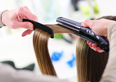 Do you like straight hair? Know some useful tips to use your hair straightener