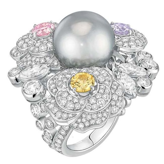 coco chanel perles swing collection pearl ring