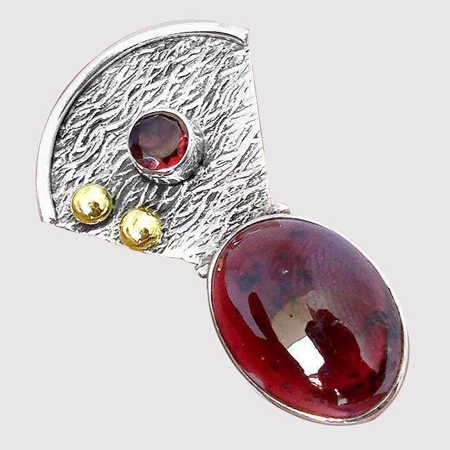 garnet gemstone pendant