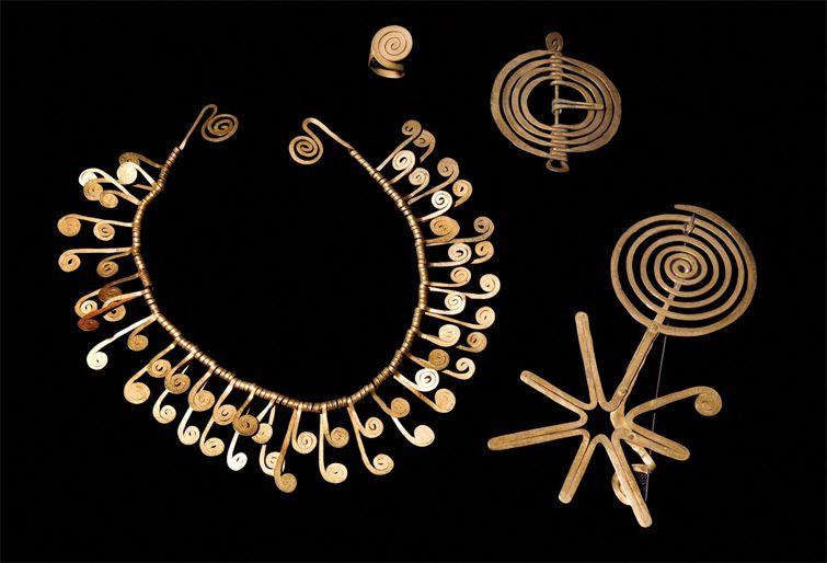 alexander calder jewelry