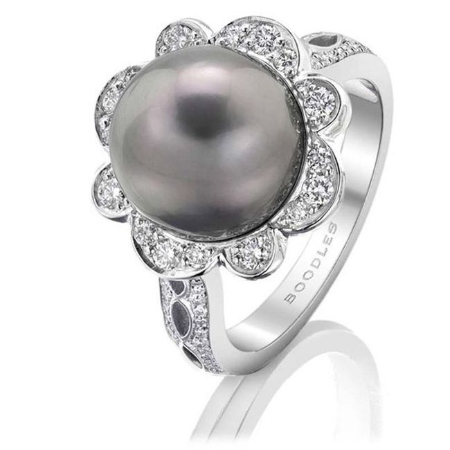 Boodles Diamond and Tahitian Pearl Ring