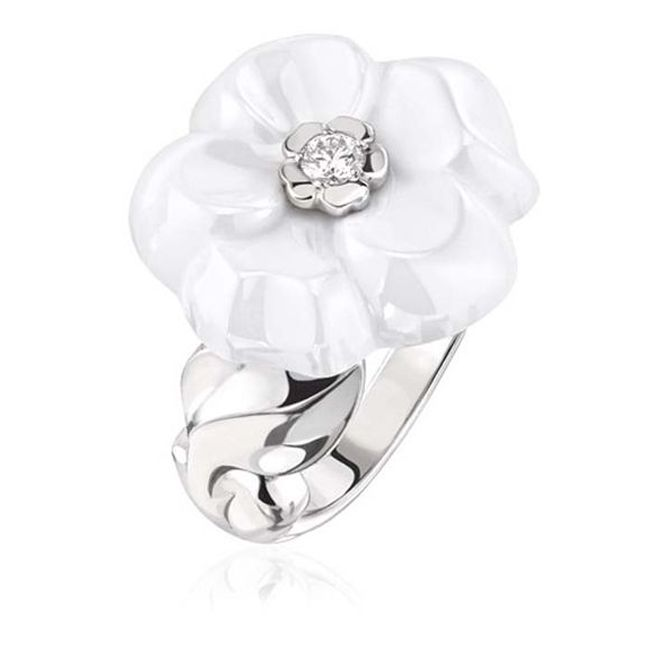 chanel camelia galbe white ceramic ring