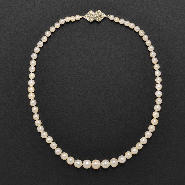chaumet pearl necklace