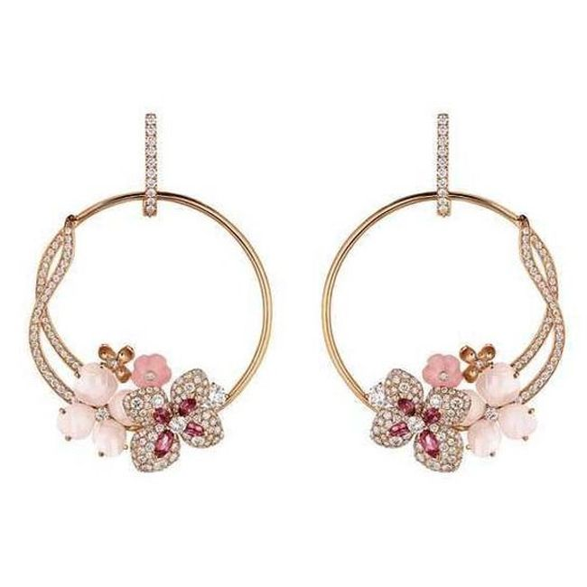chaumet rose gold earrings with angel skin coral