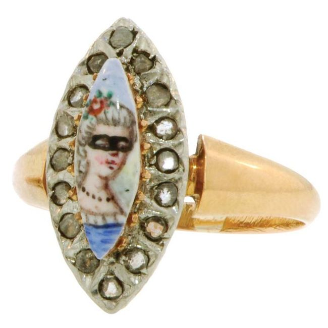 diamond portrait ring