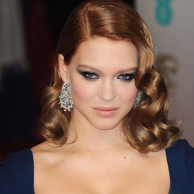 Léa Seydoux Chopard Diamond Earrings