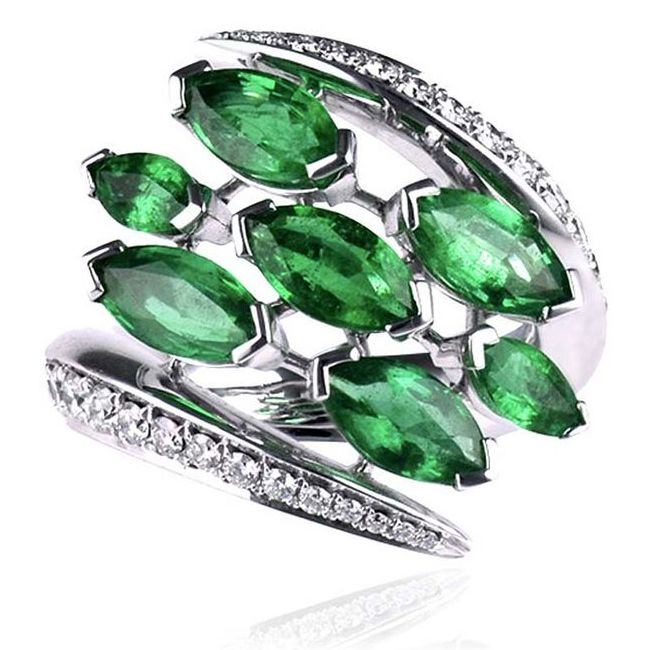 Shaun Leane Aerial White Diamond and Emerald Ring