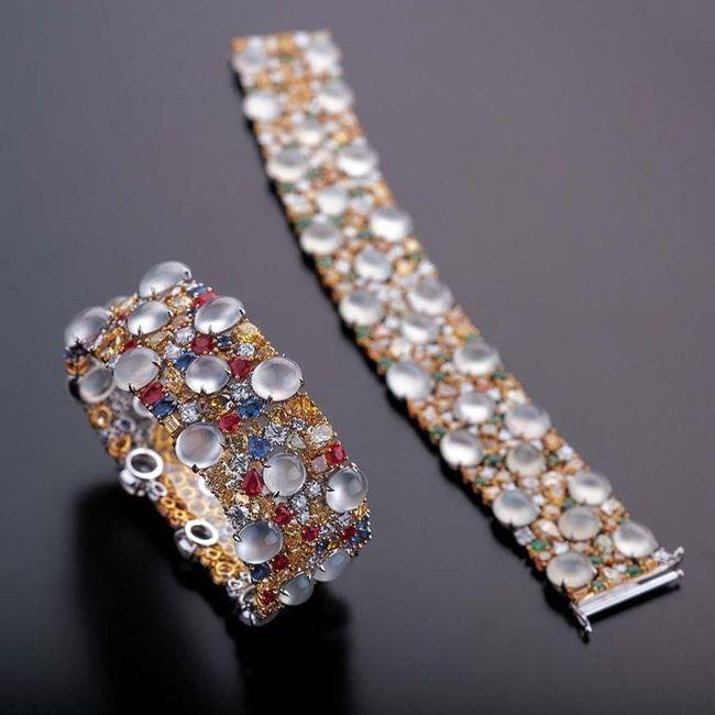 Zhaoyi Colourless Icy Jadeite Bracelet