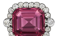"""Hope Spinel"" Gets Auctioned At Record Price"