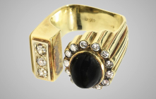 Iconic musician, Elvis' Jewelry to knock the Graceland's auction