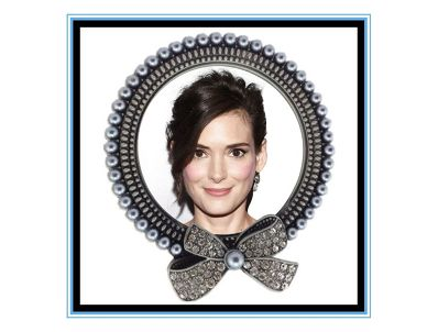 "Winona Ryder - A ""Black Swan""!"