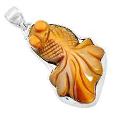 30.40cts natural brown tiger's eye 925 sterling silver fish pendant p13767