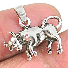 2.27gms indonesian bali style solid 925 sterling silver bull charm pendant t6288