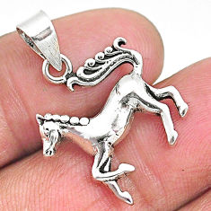 2.87gms indonesian bali style solid 925 sterling silver horse pendant t6255