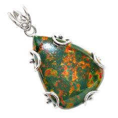 29.09cts natural green bloodstone african (heliotrope) 925 silver pendant t31891