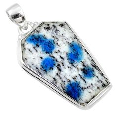 24.00cts natural k2 blue (azurite in quartz) 925 silver coffin pendant r66294