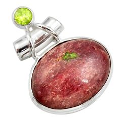 19.72cts natural muscovite peridot 925 sterling silver pendant d42275