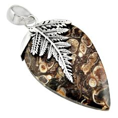 26.50cts turritella fossil snail agate 925 silver deltoid leaf pendant r44355