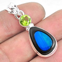 10.32cts natural blue doublet opal in onyx peridot 925 silver pendant p53683