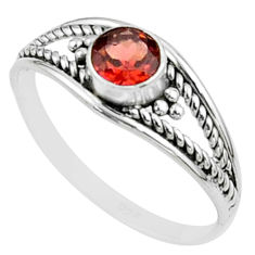 0.74cts solitaire natural red garnet round sterling silver ring size 8 t51943